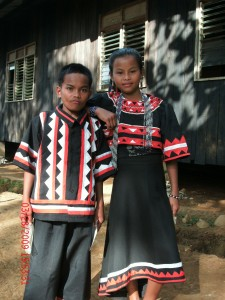 Kids: Graduation pair in costume